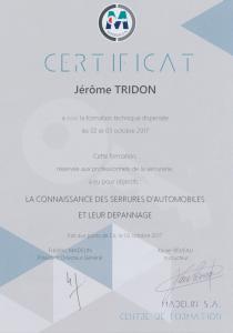 Certification à une formation spécialisée en serrurier automobile